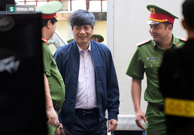 Triệu tập cấp dưới đối chất với cựu tướng Nguyễn Thanh Hóa sau khi phản cung - Ảnh 1.