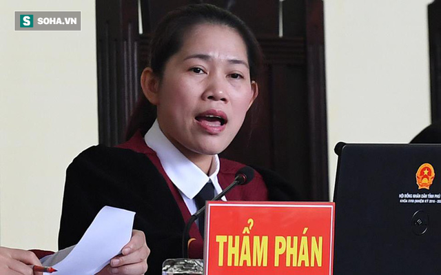 Nữ thẩm phán chặn lời khai 'lan man, không hiểu gì cả' của cựu tướng Hóa - Ảnh 1.