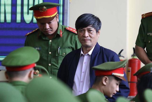 Cựu tướng Nguyễn Thanh Hóa xin lỗi nghìn lần vì phản cung, nhận tội - Ảnh 1.