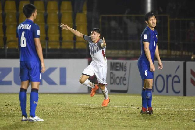 ĐT Thái Lan đã lộ nhiều điểm yếu chí mạng ở AFF Cup 2018 - Ảnh 1.
