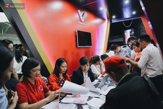 Câu chuyện phía sau cơn sốt xe VinFast: Hàng Việt Nam thực sự đã chinh phục được người Việt Nam! - Ảnh 20.