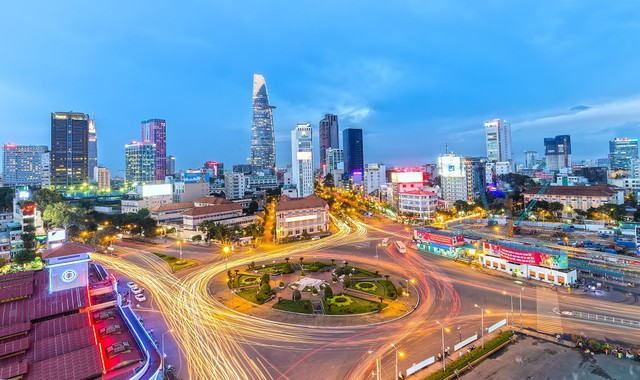 Người nước ngoài đổ xô mua nhà hạng sang ở Việt Nam, và đây là nguồn gốc - Ảnh 2.