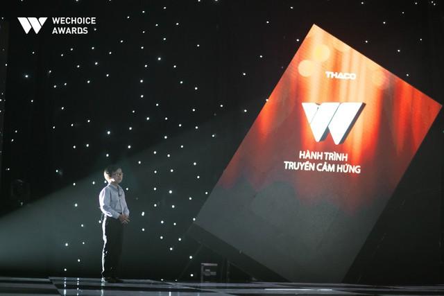 Hành trình truyền cảm hứng WeChoice Awards tháng 11: Phía trước bình minh là hy vọng! - Ảnh 3.