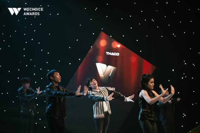 Hành trình truyền cảm hứng WeChoice Awards tháng 11: Phía trước bình minh là hy vọng! - Ảnh 13.