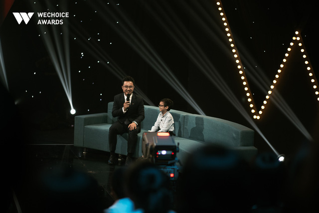 Hành trình truyền cảm hứng WeChoice Awards tháng 11: Phía trước bình minh là hy vọng! - Ảnh 4.