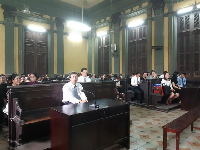 Tòa buộc Eximbank phải trả gốc và lãi cho bà Chu Thị Bình - Ảnh 3.