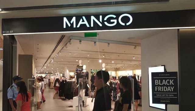 Black Friday 2018 ở TP. Hồ Chí Minh: Các cửa hàng phụ kiện, mỹ phẩm lên ngôi - Ảnh 1.