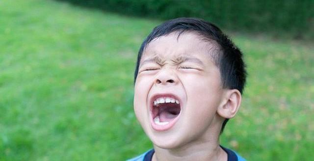 Bị bà bắt dọn phòng, cậu bé 11 tuổi đã làm 1 việc kinh hoàng - bài học ứng xử khi trẻ giận dữ - Ảnh 3.