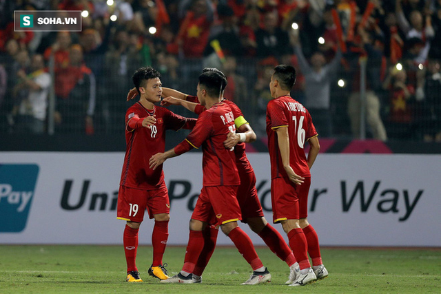 HLV Lê Thụy Hải: Tôi mơ một ngày Việt Nam đá đẹp mà vẫn vô địch AFF Cup - Ảnh 4.