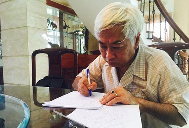 Áp giải Vũ nhôm vào Sài Gòn chuẩn bị cho phiên xét xử đại án ngân hàng Đông Á - Ảnh 3.