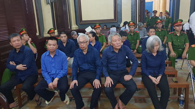 Tiết lộ bất ngờ về thân thế nguyên Tổng giám đốc DongAbank - Ảnh 1.