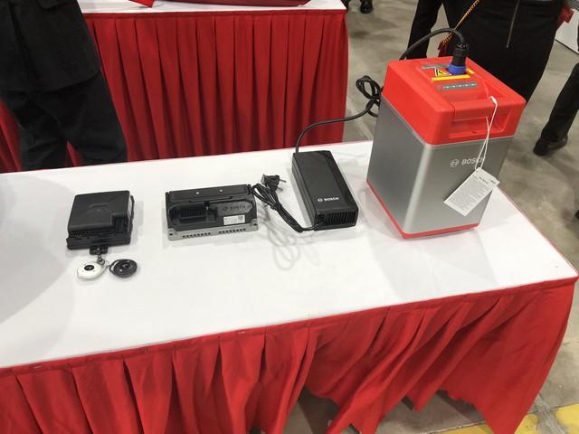VinFast chính thức ra mắt xe máy điện thông minh, dự kiến mở bán từ 17/11 - Ảnh 6.