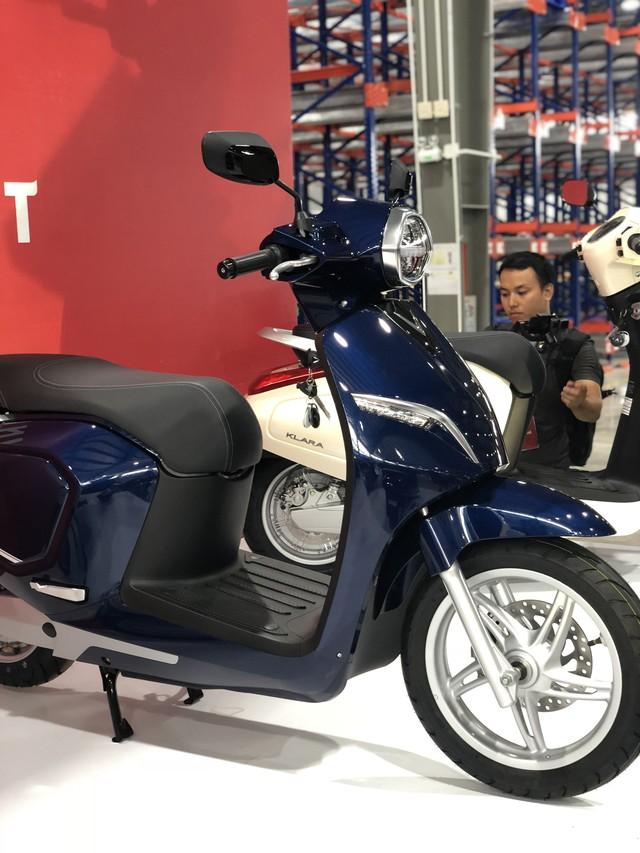 VinFast chính thức ra mắt xe máy điện thông minh, dự kiến mở bán từ 17/11 - Ảnh 2.