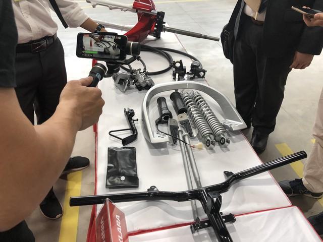 VinFast chính thức ra mắt xe máy điện thông minh, dự kiến mở bán từ 17/11 - Ảnh 8.