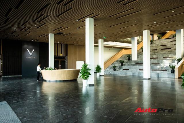 Khu văn phòng nhà máy sản xuất xe máy điện thông minh VinFast đẹp và sạch sẽ như resort - Ảnh 4.