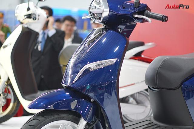 Chi tiết xe máy điện thông minh đầu tiên của VinFast - Ảnh 5.