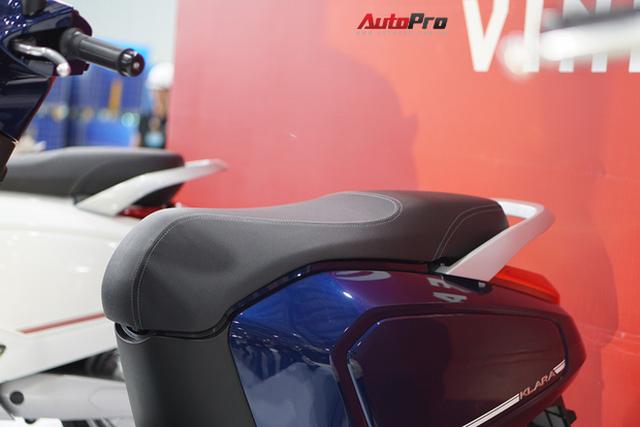 Chi tiết xe máy điện thông minh đầu tiên của VinFast - Ảnh 7.