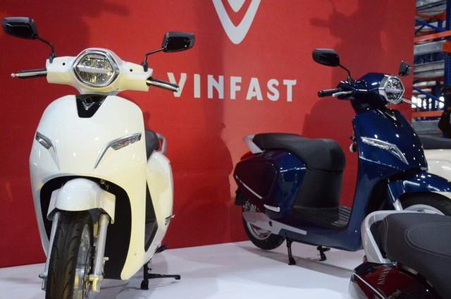 [Ảnh hot] 6 màu siêu sang chảnh của xe máy điện VinFast - Ảnh 1.