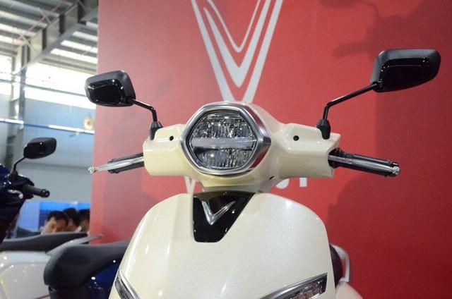 [Ảnh hot] 6 màu siêu sang chảnh của xe máy điện VinFast - Ảnh 5.