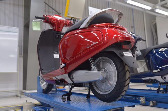 [Ảnh hot] 6 màu siêu sang chảnh của xe máy điện VinFast - Ảnh 7.