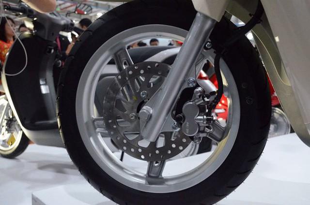 [Ảnh hot] 6 màu siêu sang chảnh của xe máy điện VinFast - Ảnh 9.