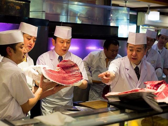 Chợ cá lớn nhất thế giới có gì đặc biệt? - Ảnh 9.