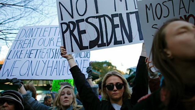 Hôm nay, người Mỹ đi bầu cử giữa kỳ: Đảng Dân chủ có bao nhiêu cơ hội cho một cuộc lật đổ vĩ đại? - Ảnh 1.