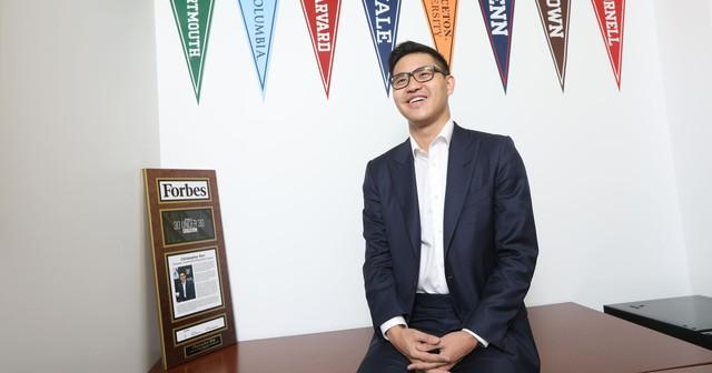 Khởi nghiệp năm 13 tuổi, tốt nghiệp Yale, ghi tên trong danh sách Forbes 30 under 30 ở tuổi 23, đây chính xác là con nhà người ta - Ảnh 1.