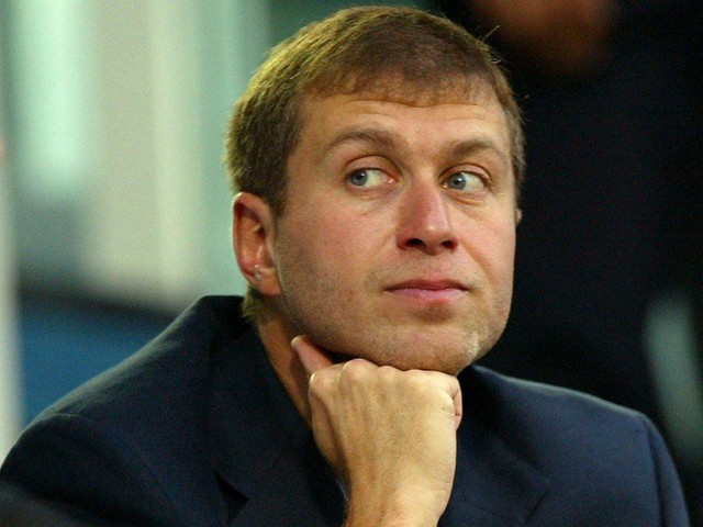 Cuộc sống giàu sang, nhiều màu sắc của ông chủ sở hữu CLB Chelsea - tỷ phú Roman Abramovich  - Ảnh 5.