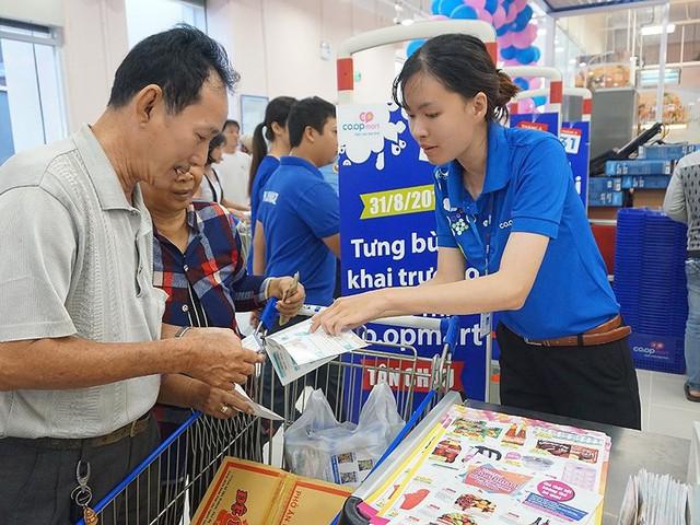 Nhà bán lẻ Việt Nam rất… cô đơn! - Ảnh 1.