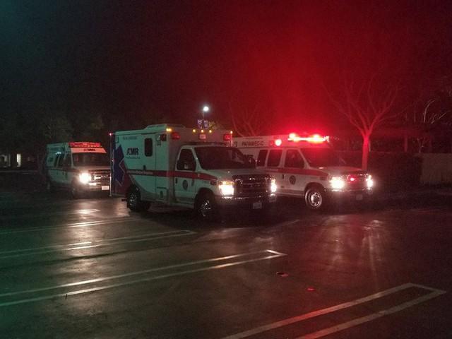 [NÓNG] Xả súng ở California khiến gần 20 người thương vong: Vẫn chưa bắt được nghi phạm - Ảnh 1.