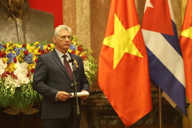 Cận cảnh Tổng Bí thư, Chủ tịch nước Nguyễn Phú Trọng đón Chủ tịch Cuba - Ảnh 14.