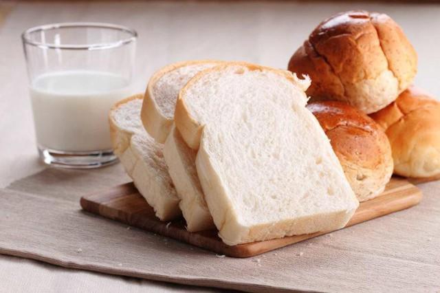 Mầm mống ung thư trong cơ thể sẽ ngày càng lớn thêm nếu bạn vẫn duy trì thói quen tiêu thụ lượng lớn những thực phẩm này  - Ảnh 7.