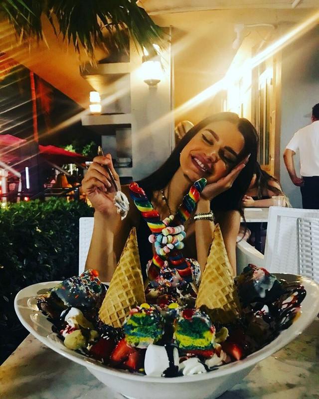 Chỉ một phần kem lạnh mà có giá hơn 2 triệu, thế mà nhiều người Mỹ lại dám chi để mừng sinh nhật - Ảnh 9.