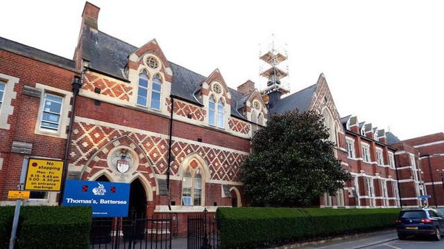 Ngôi trường đặc biệt mà Hoàng tử George theo học: Không phải làm bài tập về nhà, học sinh không được phép chỉ chơi với bạn thân - Ảnh 3.