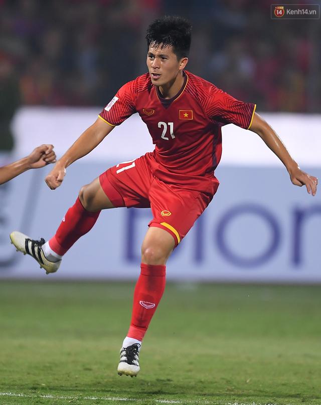 3 điểm nóng quyết định trận bán kết Philippines - Việt Nam: Trọng sơ vin so tài Phil Younghusband - Ảnh 4.
