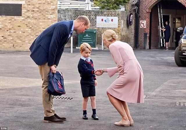 Ngôi trường đặc biệt mà Hoàng tử George theo học: Không phải làm bài tập về nhà, học sinh không được phép chỉ chơi với bạn thân - Ảnh 9.