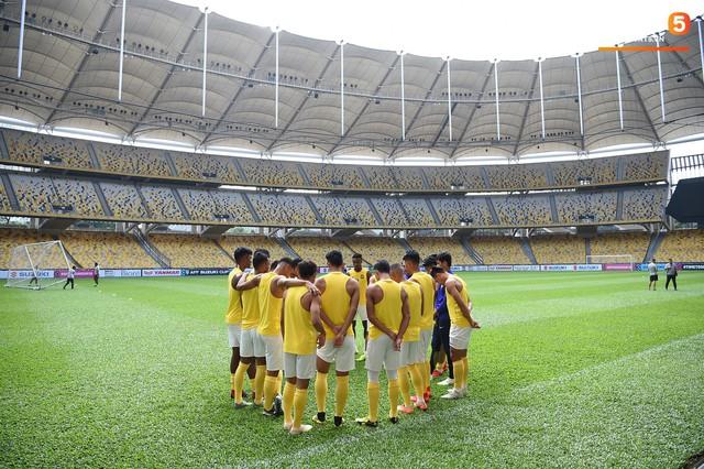 Chiêm ngưỡng vẻ hoành tráng của Bukit Jalil, SVĐ lớn nhất Đông Nam Á nơi ĐT Việt Nam sắp thi đấu - Ảnh 9.