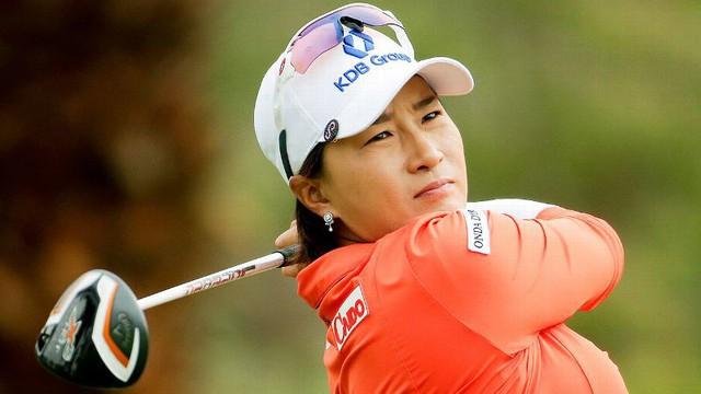 Không phải Park In-bee hay Choi Na-yeon, đây mới là golf thủ nữ đầu tiên đến từ Hàn Quốc tỏa sáng trên sân golf - Ảnh 1.
