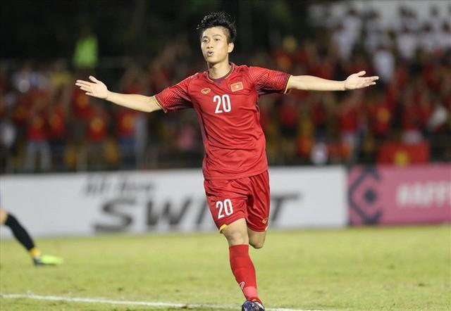 Mẹ cầu thủ Văn Đức, Công Phượng gửi lời nhắn nhủ, tin tưởng Việt Nam sẽ giành chiến thắng trong trận chung kết với Malaysia - Ảnh 1.
