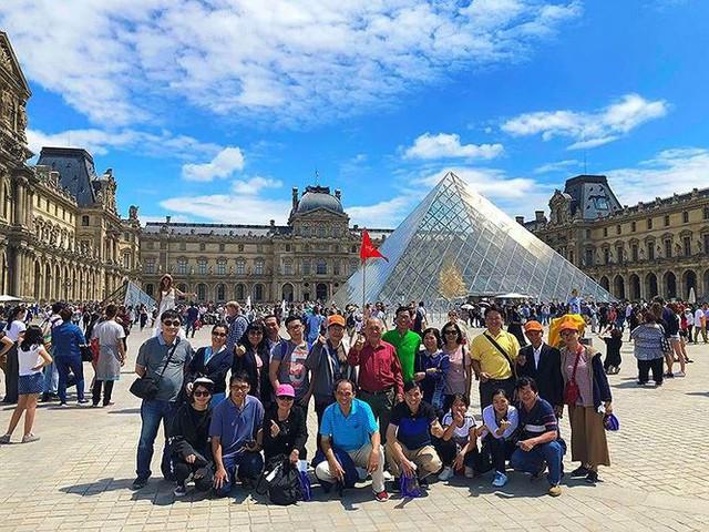Nghỉ lễ dài ngày, tour nước ngoài giảm giá để kích cầu - Ảnh 1.
