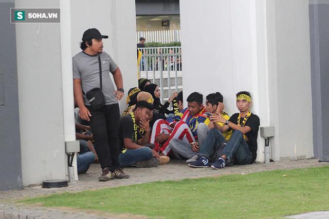 Trời tạnh mưa trước trận chung kết lượt đi AFF Cup Malaysia vs Việt Nam - Ảnh 3.