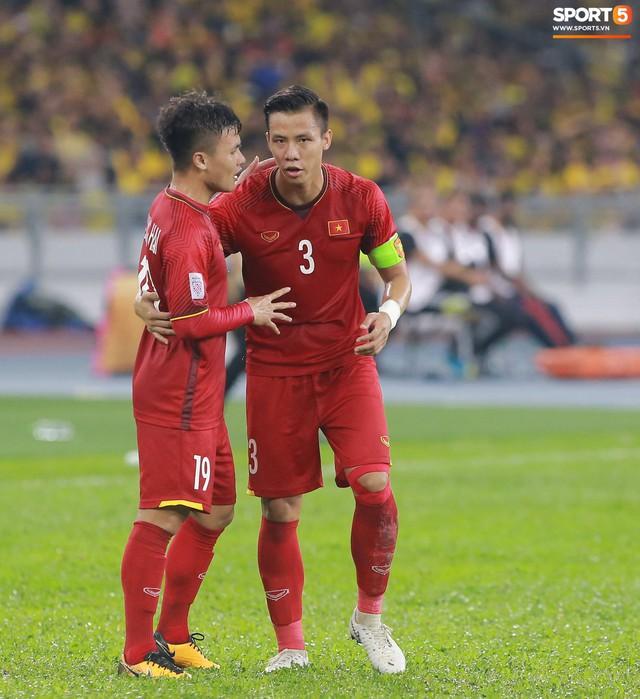 HLV Park Hang-seo lạnh lùng, đưa học trò về mặt đất ngay sau bàn thắng thứ 2 - Ảnh 5.
