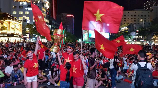 Người hâm mộ ở Sài Gòn tin tưởng đội tuyển Việt Nam sẽ chiến thắng - Ảnh 7.