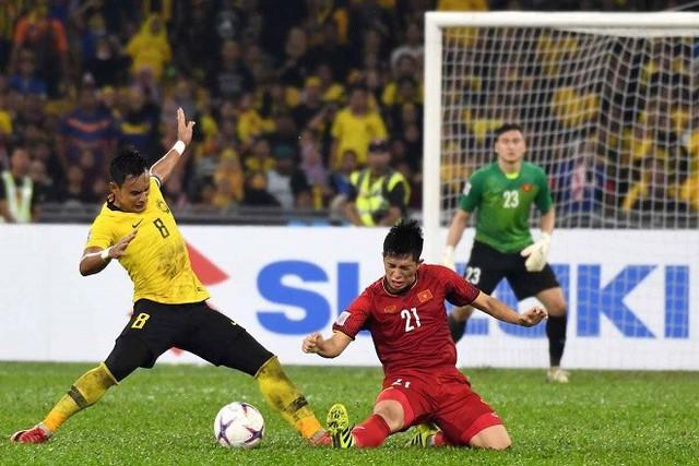 Bùi Tiến Dũng có thay thế Đặng Văn Lâm trong trận chung kết lượt về AFF Cup 2018? - Ảnh 2.