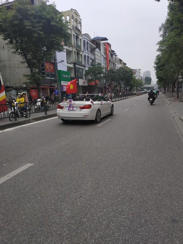 Trước giờ G trận chung kết AFF Cup 2018, đường phố cả nước ngập cờ đỏ sao vàng, tất cả cùng hướng về Mỹ Đình - Ảnh 1.