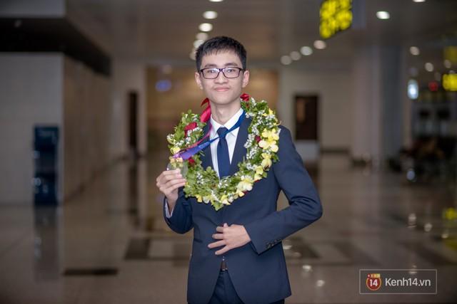 Con nhà người ta thế hệ mới 2018: Nghiện game nhưng học siêu giỏi, ẵm Huy chương Vàng Olympic Quốc tế - Ảnh 1.
