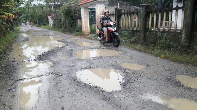 Đà Nẵng: Ám ảnh với 22 km đường ĐT 601 biến thành ao sau mưa lớn - Ảnh 19.