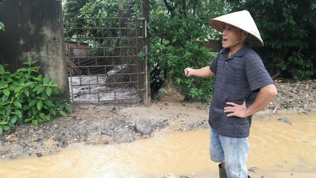Đà Nẵng: Ám ảnh với 22 km đường ĐT 601 biến thành ao sau mưa lớn - Ảnh 6.