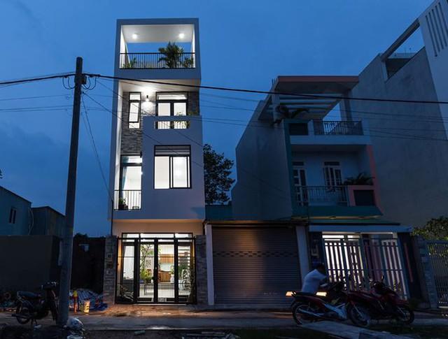 Nhà 4 tầng hiện đại, sang trọng chưa tới 900 triệu đồng - Ảnh 1.